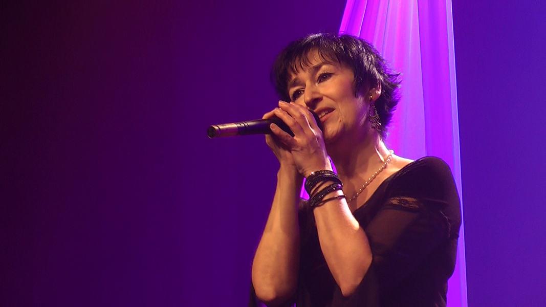 """Martine chante """"Göttingen"""" de Barbara"""